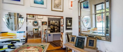 5 unexpected ways to use mirror picture frames when decorating your home